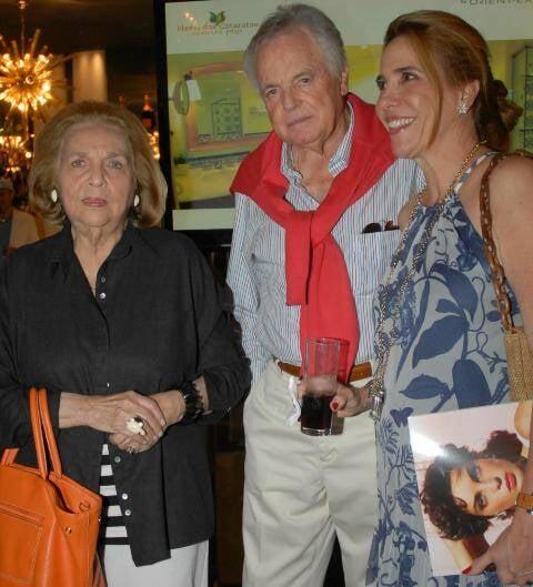 Glorinha Paranaguá com Mercedes e Eudes de Orleans e Bragança, em 2011 /Foto: Arquivo site Lu Lacerda