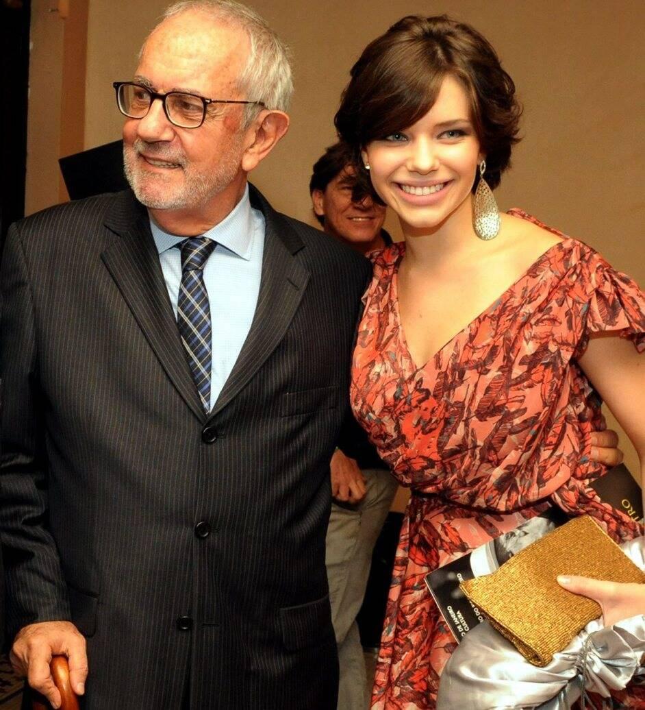 Paulo José e Bruna Linzmeyer, em 2012  /Foto: Arquivo site Lu Lacerda