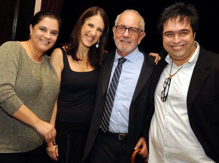 Bianca De Felippes, Aniela Jordan, Paulo José e Eduardo Barata, em 2012  /Foto: Arquivo site Lu Lacerda