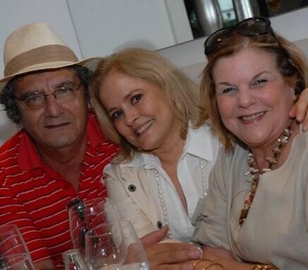 Jorge Salomão com Regina Lins e Silva e Ana Maria Ramalho , em 2010 /Foto: Arquivo site Lu Lacerda