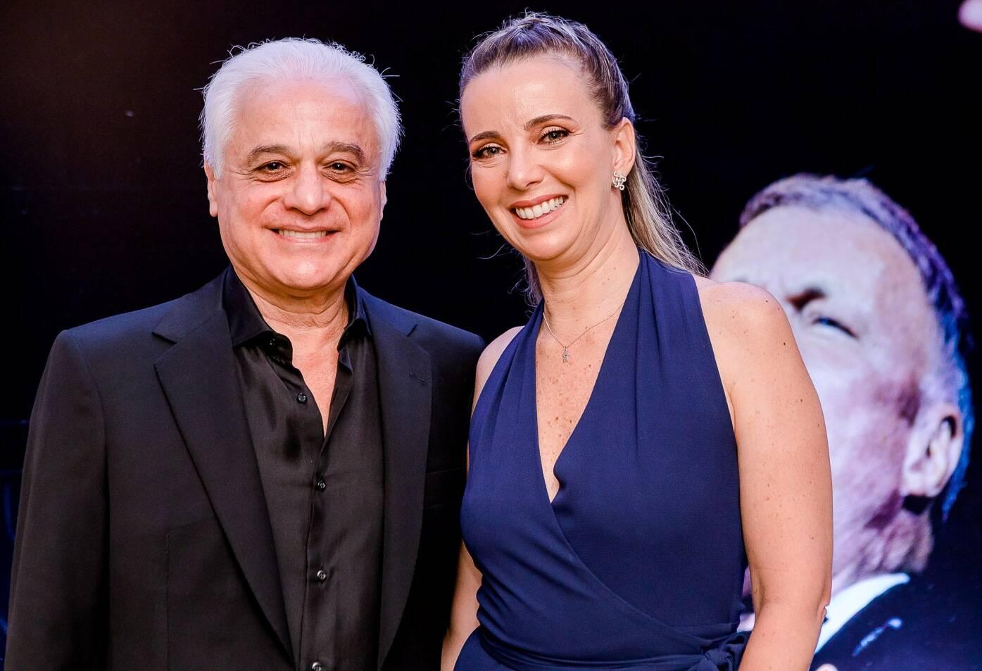 O casal Mariana e Roberto Medina /Foto: Bruno Ryfer