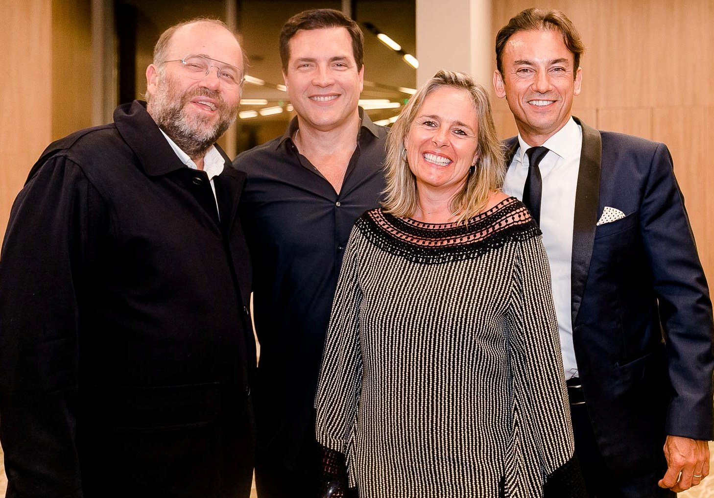 Otávio Müller, Daniel Boaventura e o casal Frédérique e Patrick Mendes /Foto: Bruno Ryfer