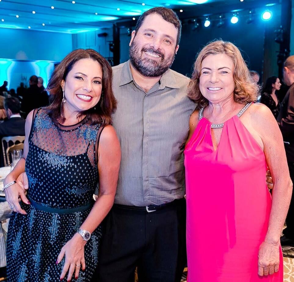 Renata, Bernardo e Rosa Maria Araujo /Foto: Bruno Ryfer