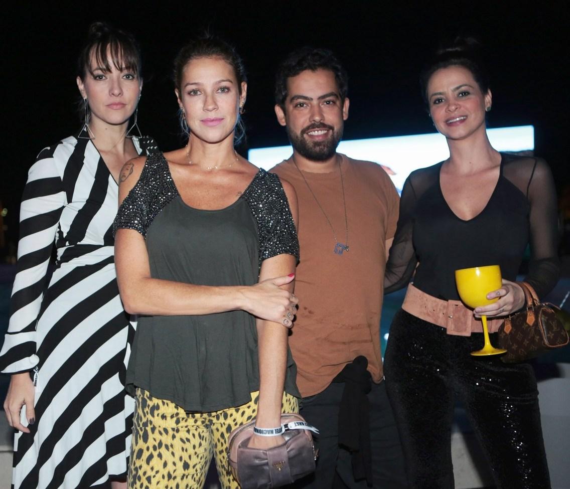 Carol Roering, Luana Piovani, Feli Mussel e Rebeca Rulli /Foto: Vera Donato