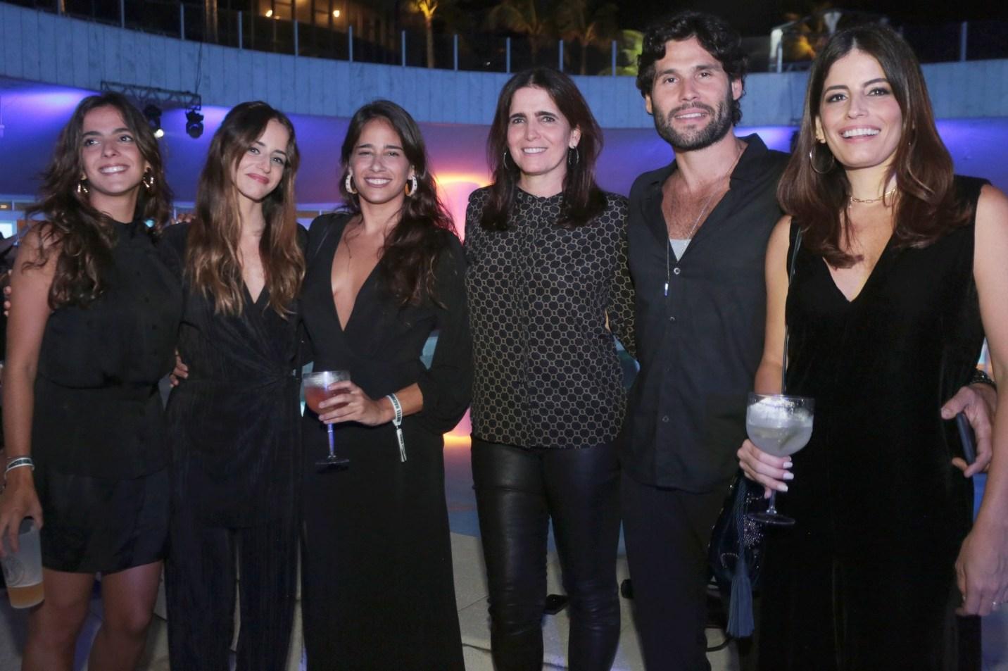 Maria Fernanda Aragão, Erika Mader,Patricia Mader, Malu Mader, Dudu Azevedo e Fernanda Mader /Foto: Vera Donato