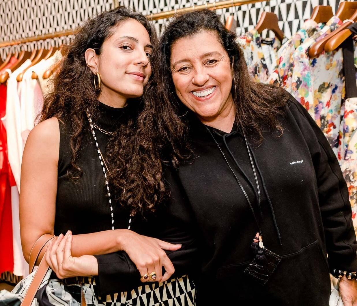 Ju Gastim e Regina Casé /Foto: Bruno Ryfer