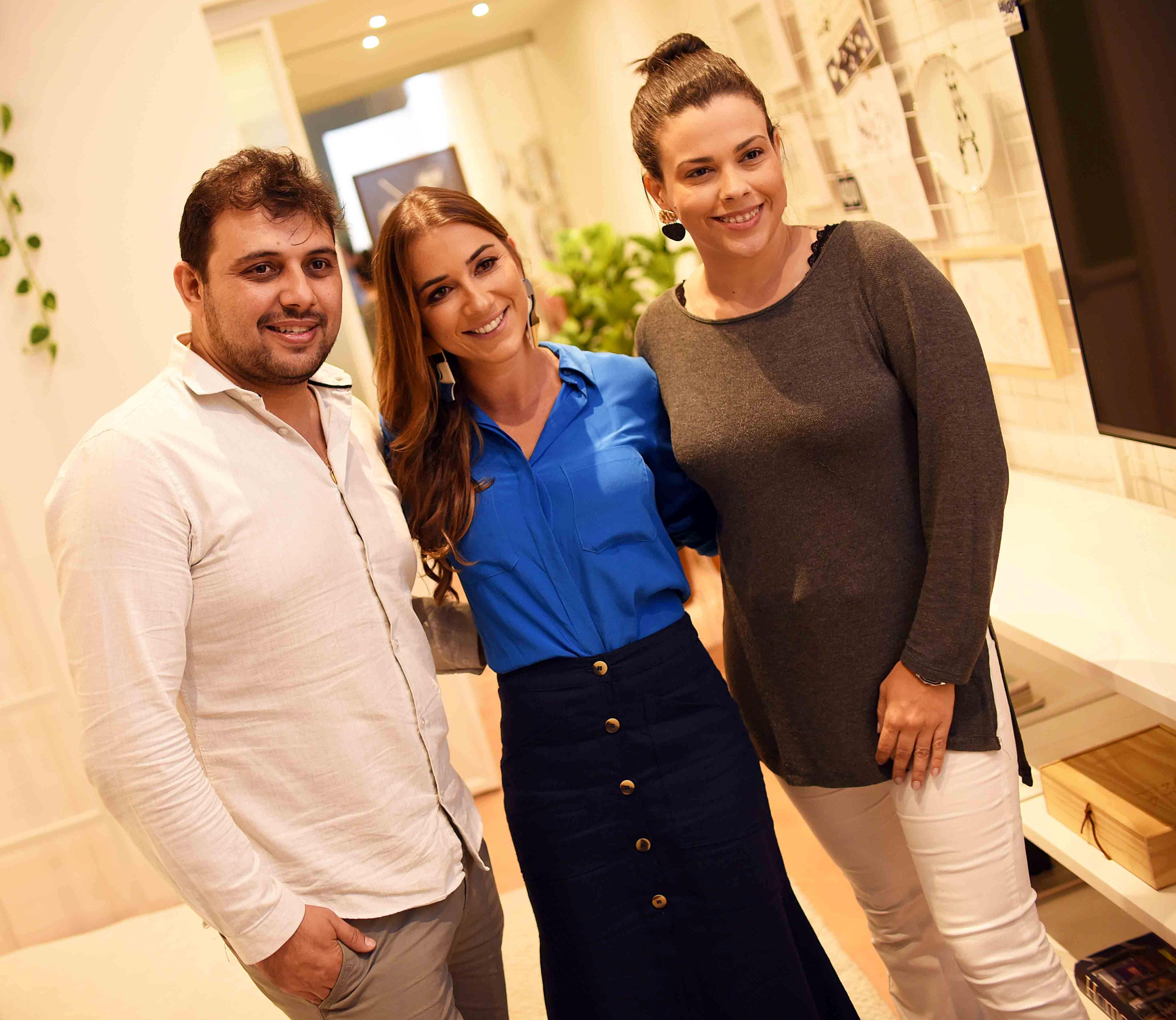 Clóvis Alvarenga, Marcella Bacellar e Lili Nascimento /Foto: Ari Kaye