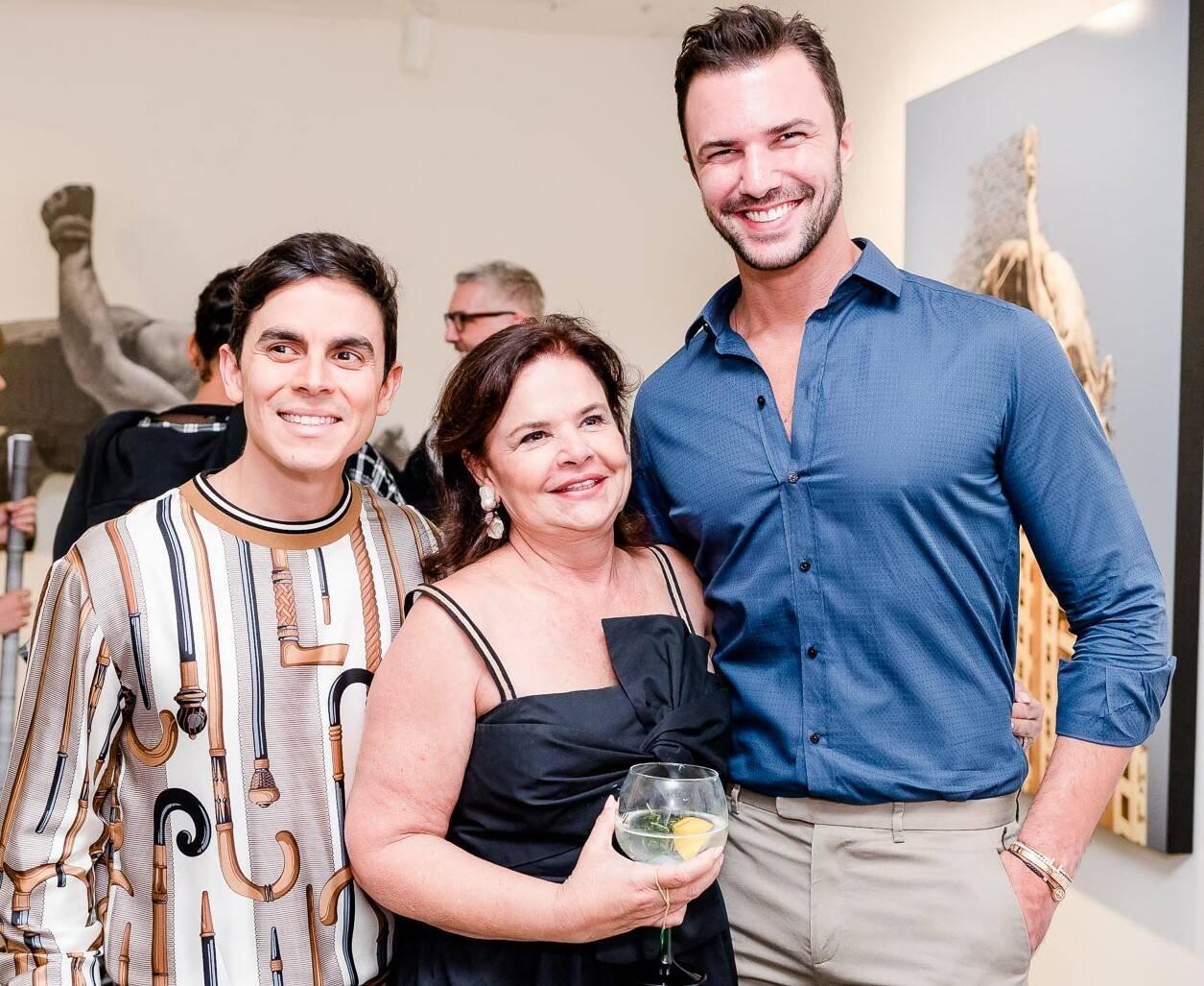 Marcelo Antunes, Nara Roesler e Rodrigo Beze  /Foto: Bruno Ryfer