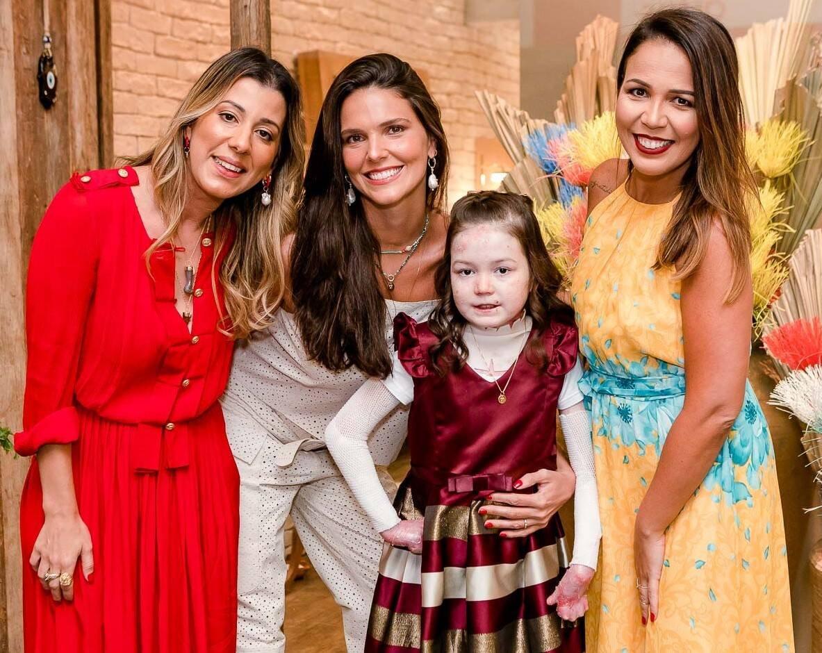 Daniella Sarahyba, Manu Bragança, Nicolle Machado e Joana Machado /Foto: Bruno Ryfer