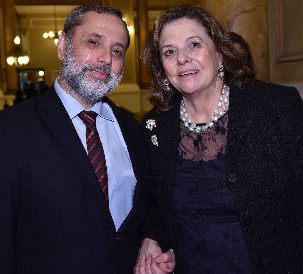 Maestro Antônio José Augusto e Helena Severo
