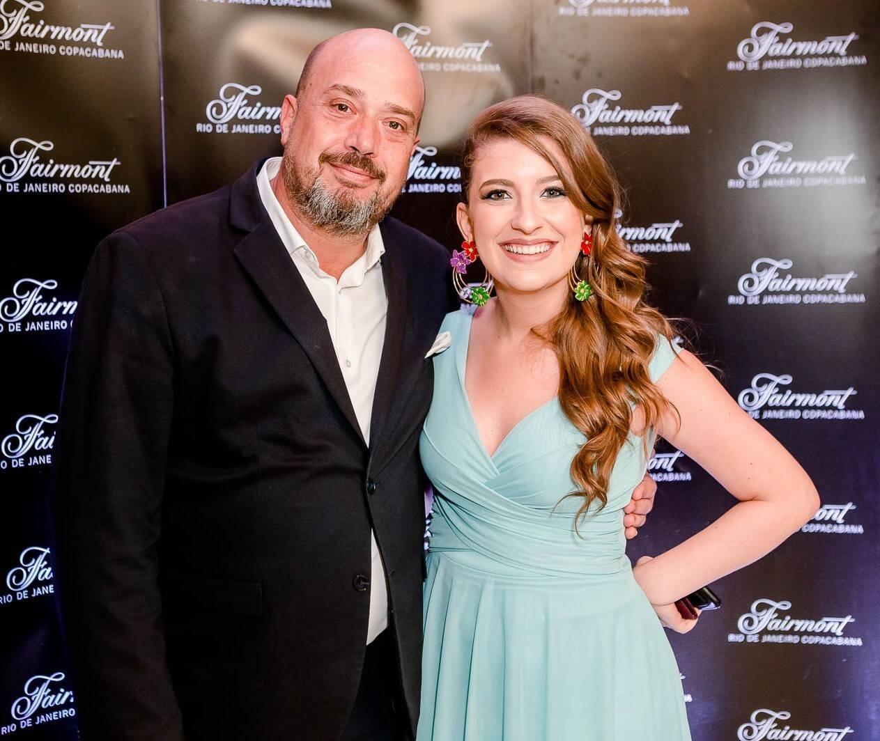 Michael Nagy, diretor de marketing; e Camila Salgueiro, gerente de marketing  /Foto: Bruno Ryfer