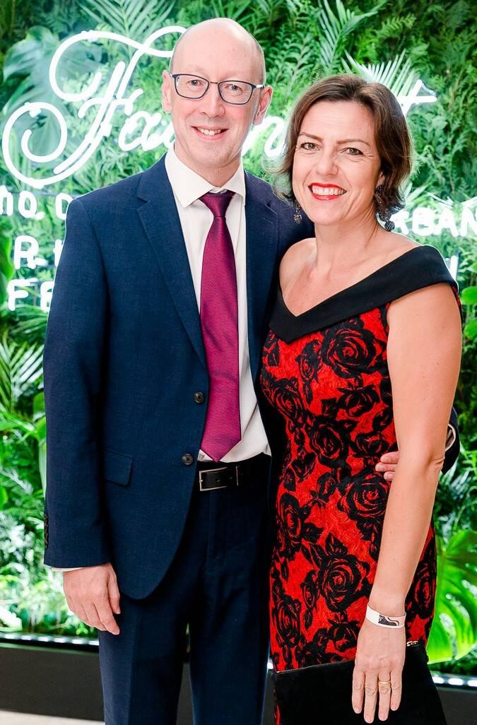 Philippa e Simon Wood, o cônsul britânico no Rio /Foto: Bruno Ryfer