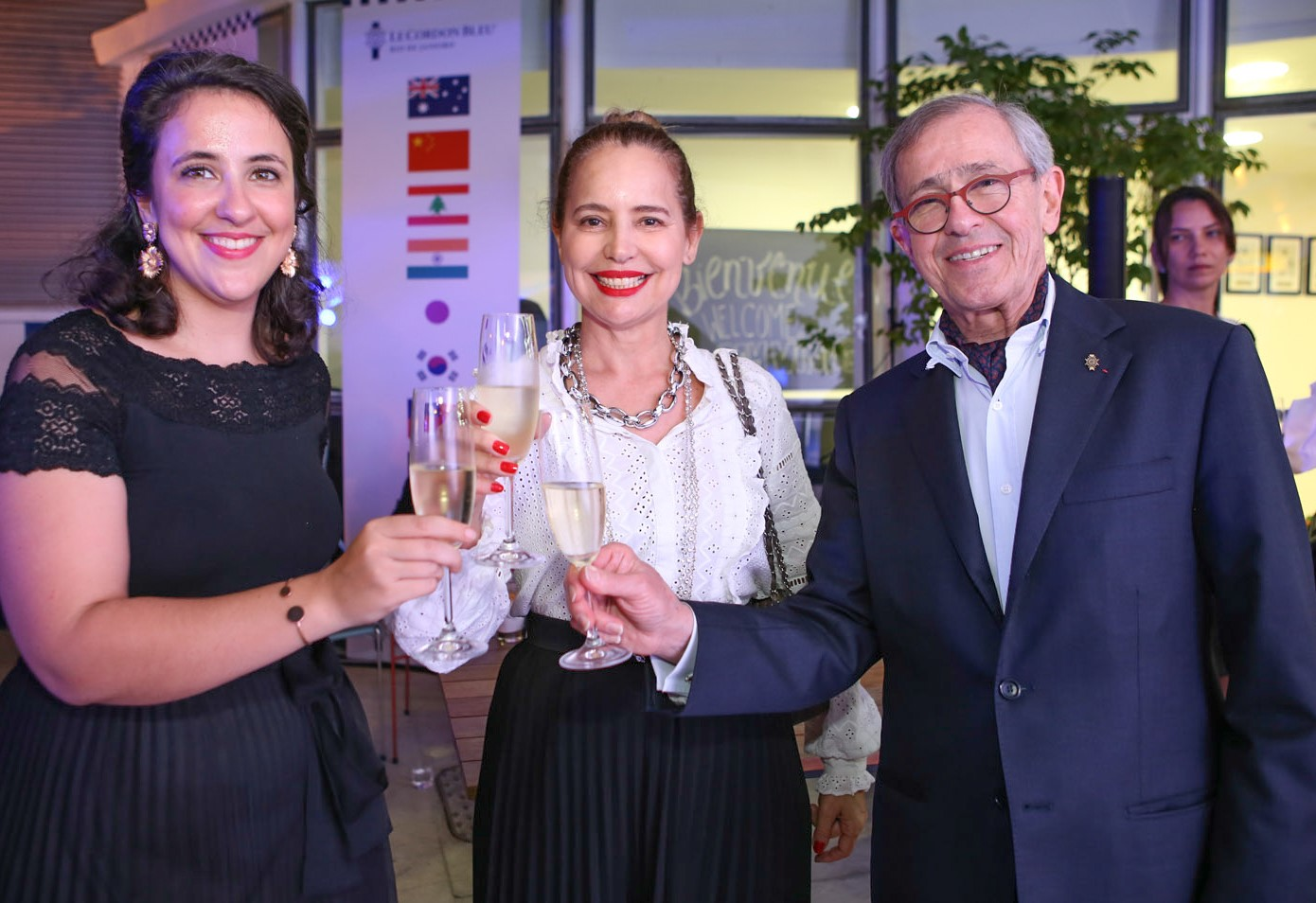 Alienor Cointreau (filha de Andre), Karmita Medeiros e André Cointreau /Foto: Gianne Carvalho