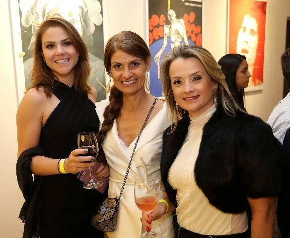 Marcela Higino, Carla Mader Niemeyer e Giselle Corbellini