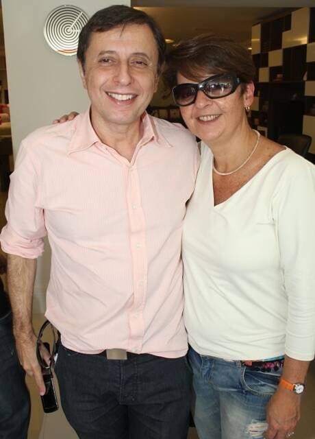 Milton Rocha e Gisele Falcão