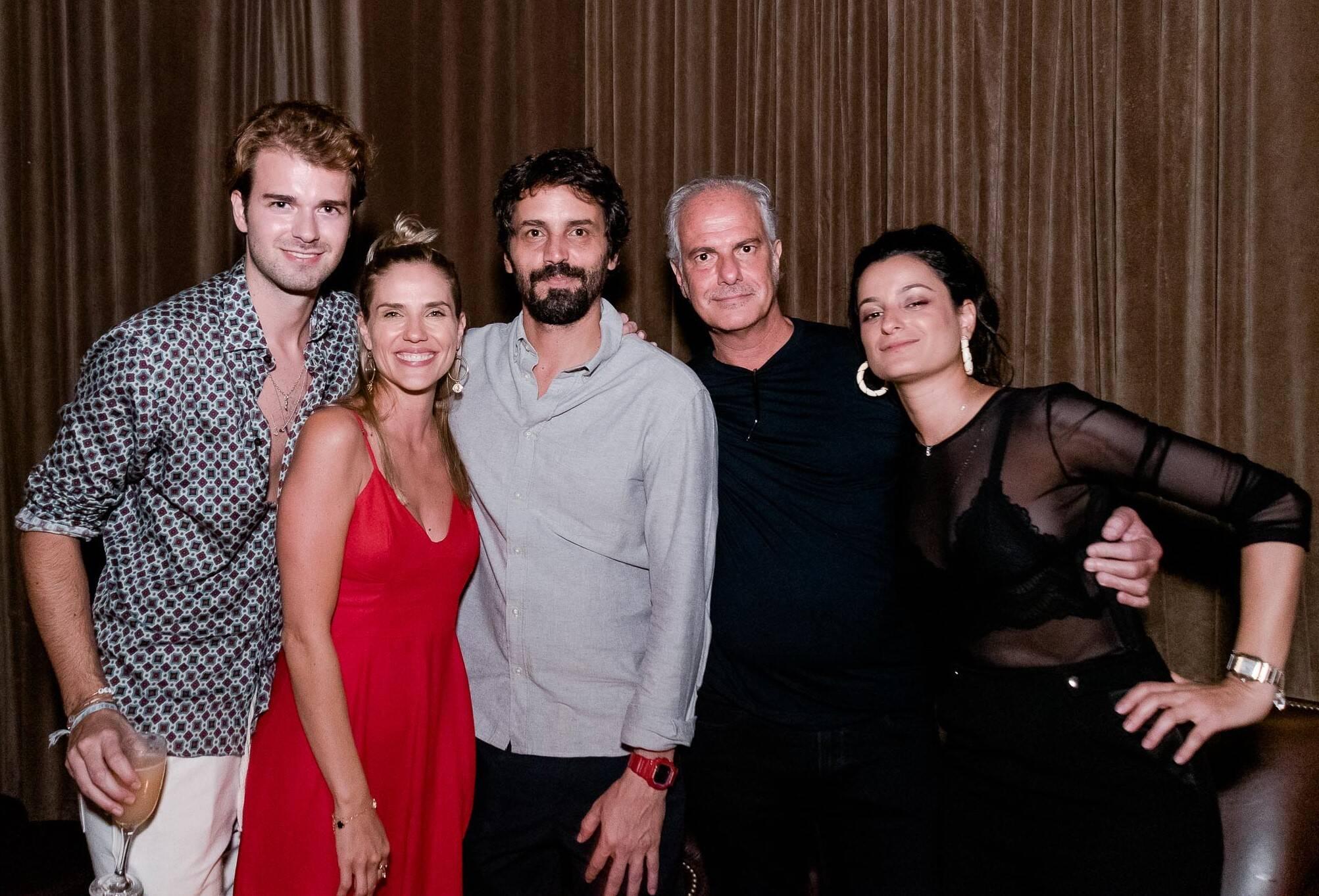 Florian Pascal, Rafaela Mandelli, Jonas Rocha, Eduardo Simão e Duda Ballesteros /Foto:  Renato Wrobel