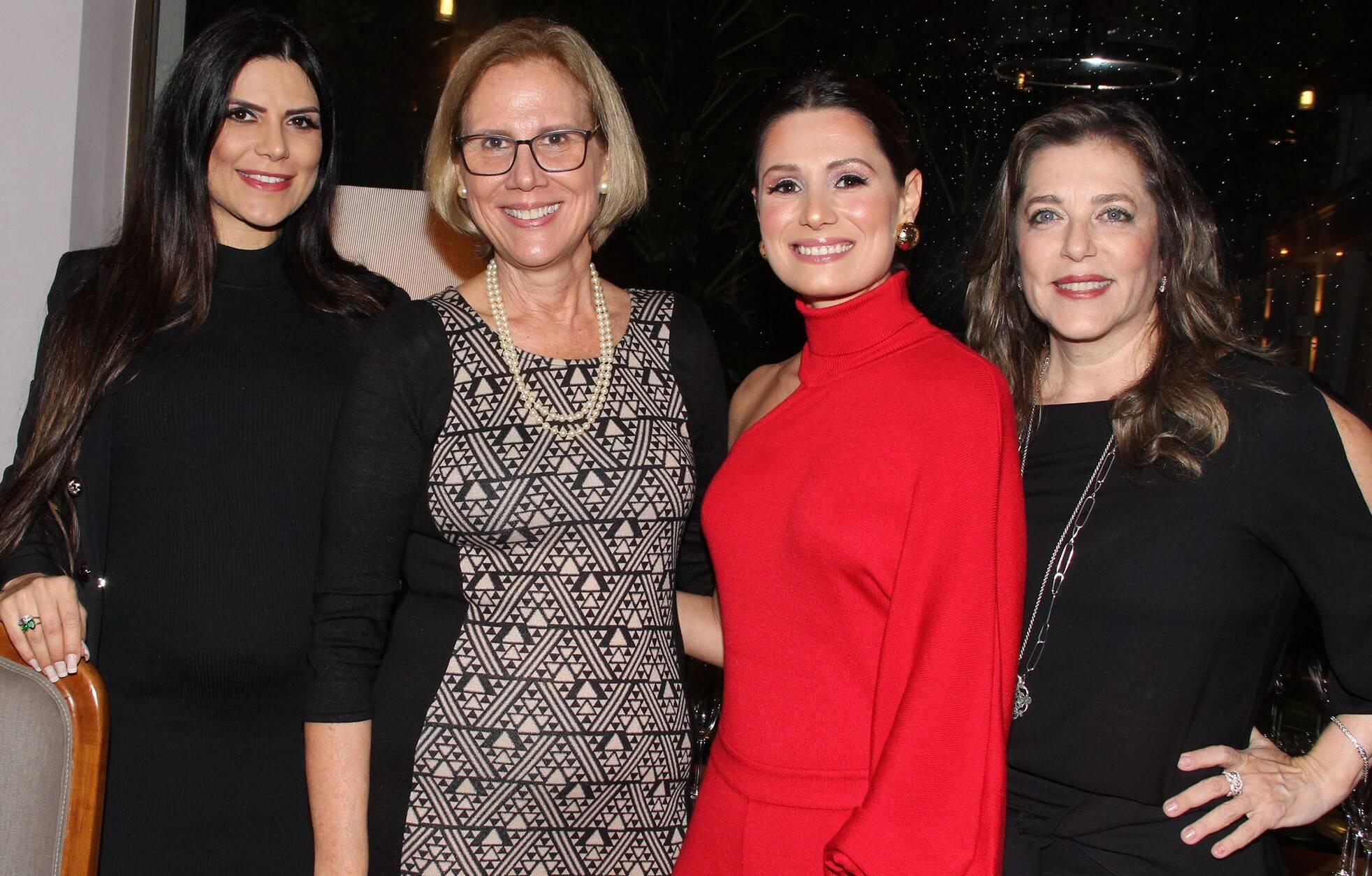 Viviane de Moraes, Sylvia Jane Crivella, Camilla Carvalho e Andréia Repsold  /Foto: Paulo de Deus