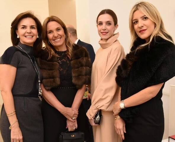 Monica Jafet, Andrea Freitas, Joana Laprovitera e Carol Freitas