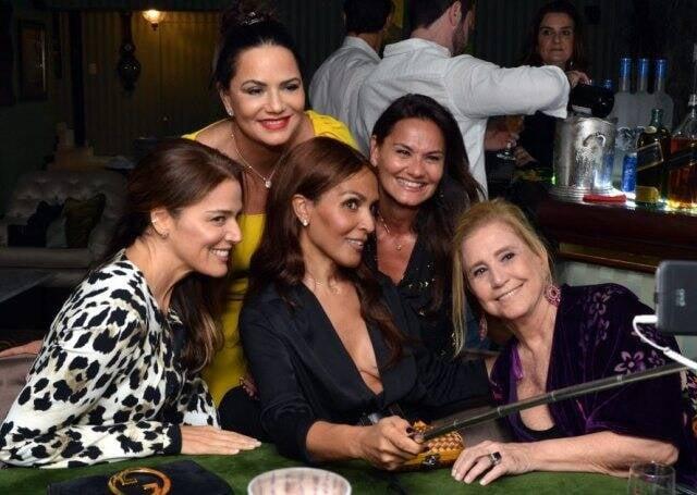 Vanessa de Oliveira, Luiza Brunet, Grace Hajfler, Magda Cotrofe e Madeleine Saade