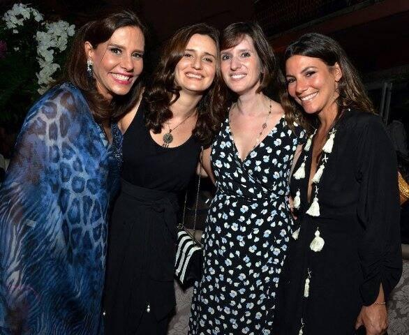 Narcisa, Mariana e Nicole Tmaborindeguy com Constança Basto