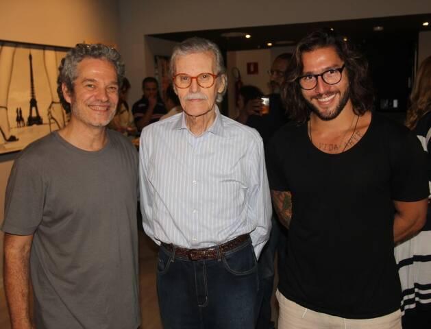 3 gerações de fotógrafos da Cinza – Joaquim Nabuco, Paulo Garcez e Beto Gatti