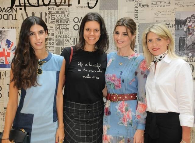 Bruna Azem, Carol Porto, Maria Rudge Piva Albuquerque e Tathiana Souza Aranha