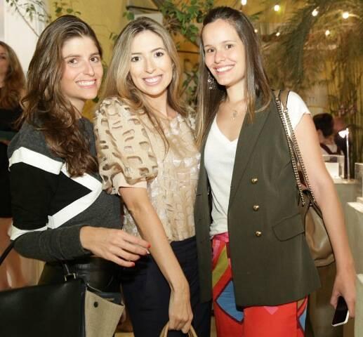Alexia Marinho, Nicole Leta e Hannah Brauer