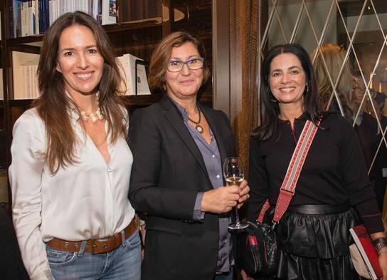 Claudia Rudge Ramos Villela de Souza, Isabel Dos Santos Nivault e Ione Costa /Foto: Divulgação