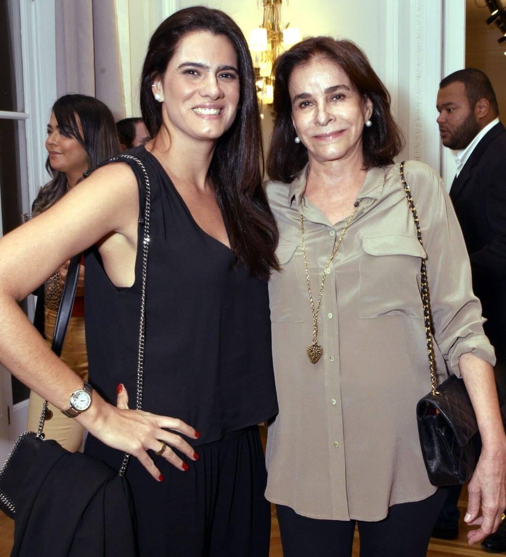 Joana Oakim com a mãe, Cinthia Figueira de Mello /Foto: Cristina Granato