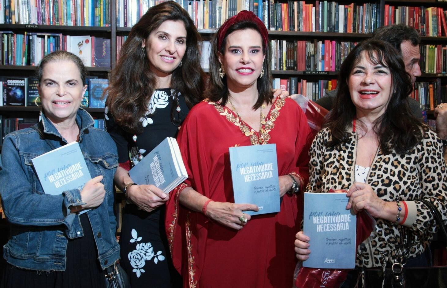Marina Felfelli, Maria Pia Marcondes Ferraz,  Narcisa Tamborindeguy e Magda Gomes /Foto: Vera Donato