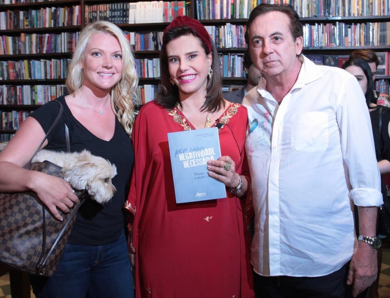 Jeniffer Lobo, Narcisa Tamborindeguy e Ricardo Rique /Foto: Vera Donato