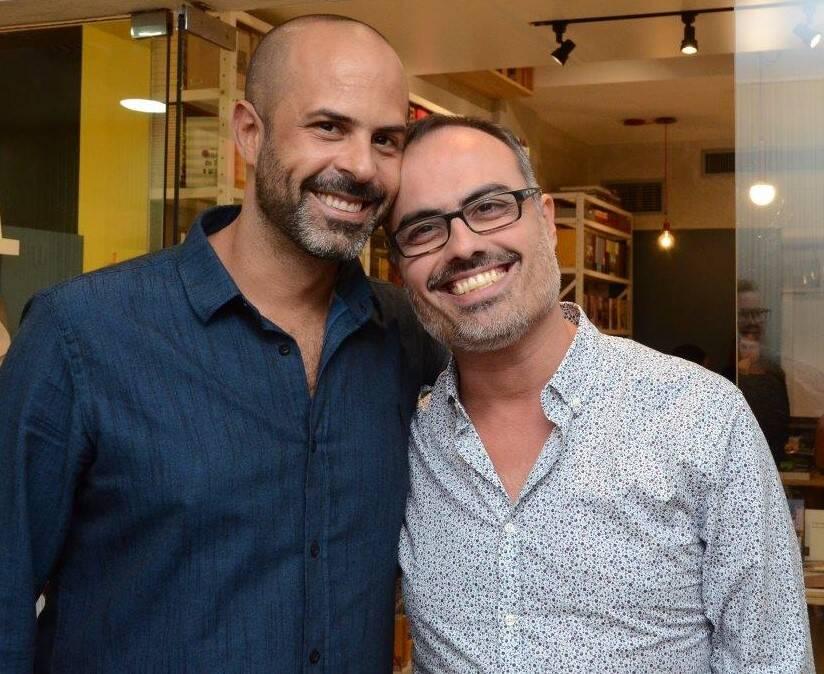 O casal Ricardo Portilho e Christovam de Chevalier  /Foto: Marco Rodrigues
