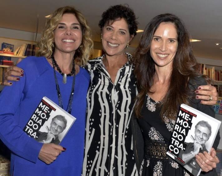Helena Fernandes, Angela Vieira e Ingra Lyberato  /Foto: Crisitna Granato