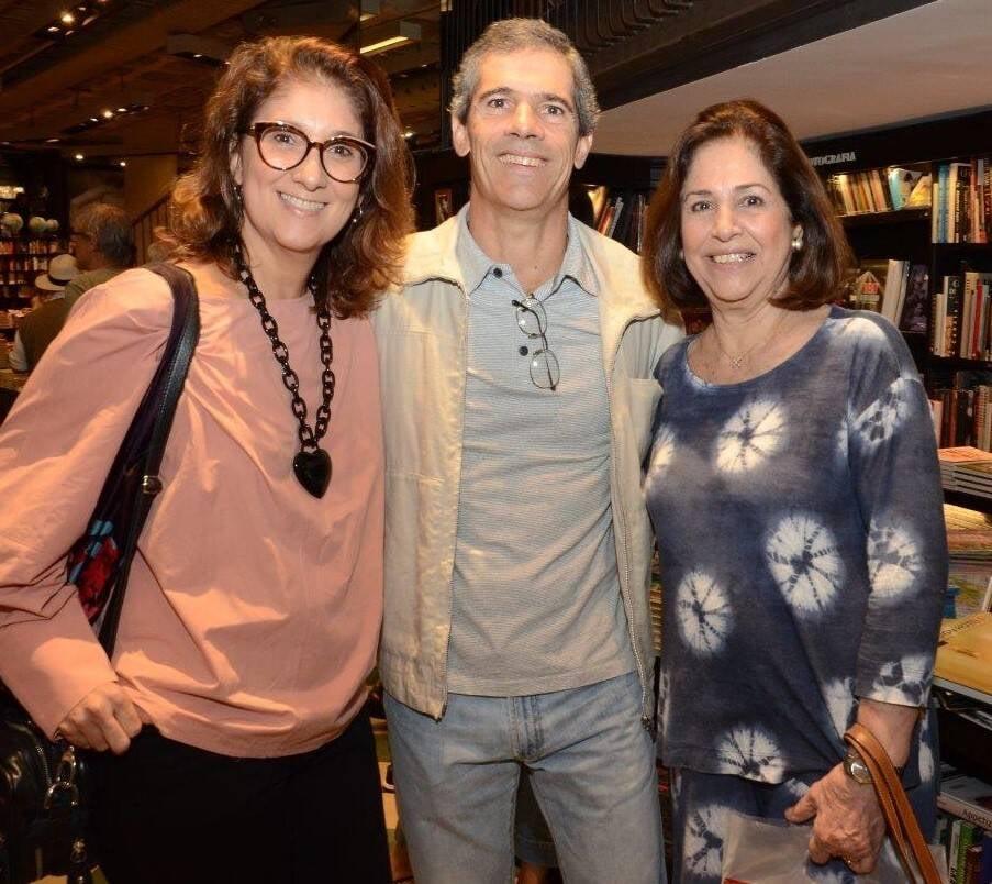 Andreia e Carlinhos Figueiredo com Heloísa Graça Couto Campelo  /Foto: Marco Rodrigues
