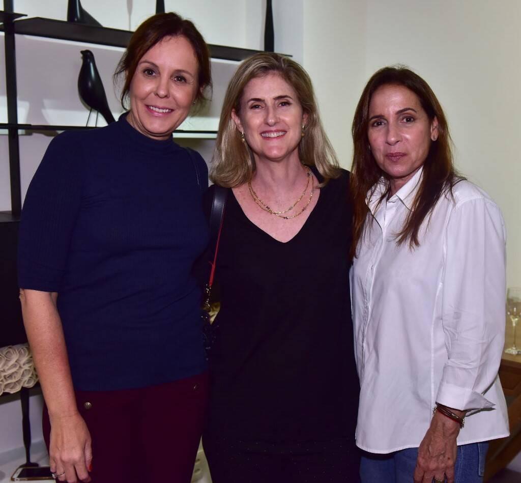 Adriana Esteves, Marise Kessel e Mila Albuquerque /Foto: Paulo Jabur