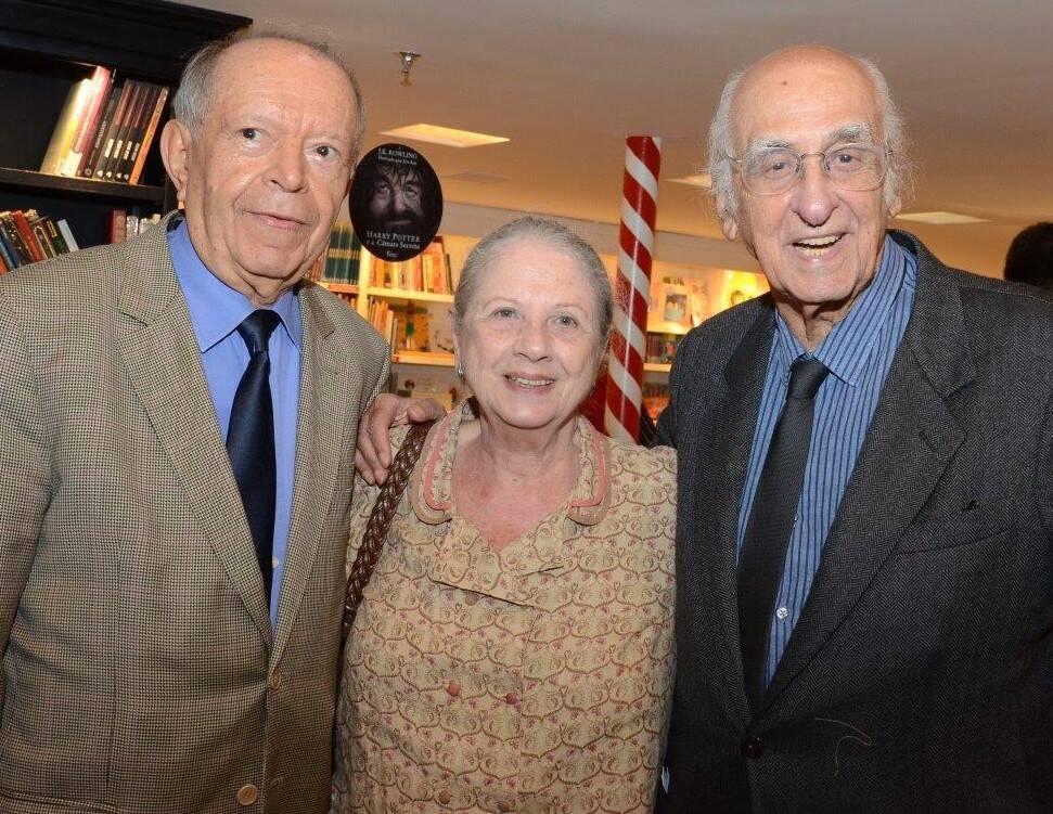 Antonio Torres com Mary e Zuenir Ventura / Frco Rodrigues