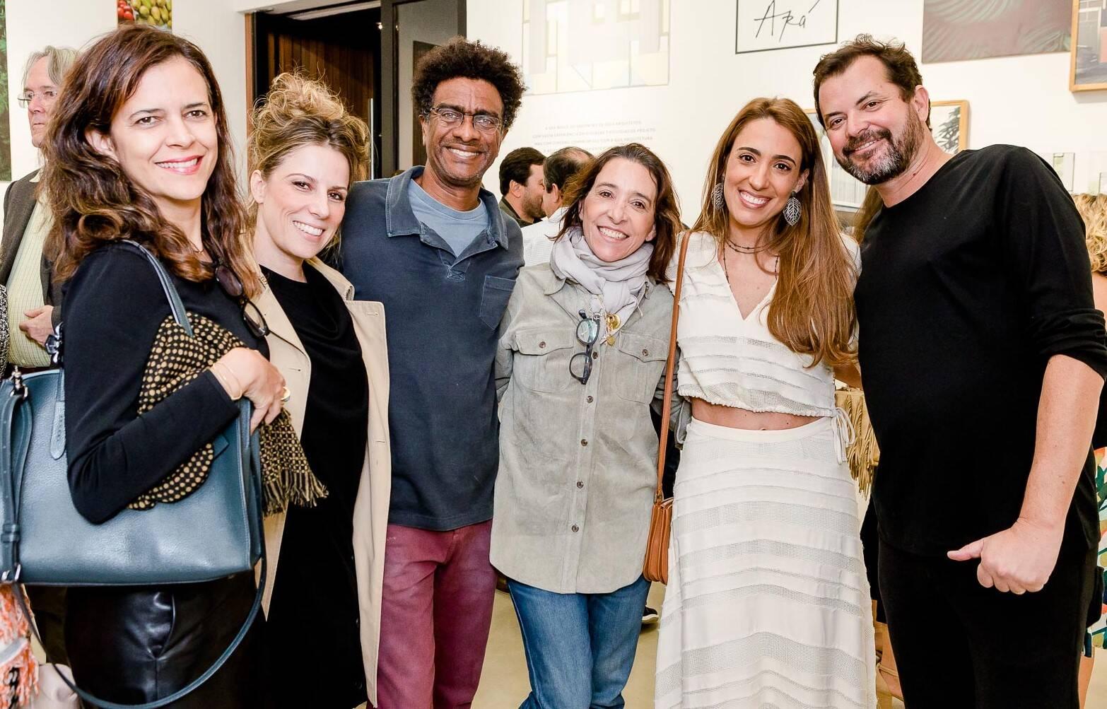 Isabela Abdala, Daniela Pinheiro,  Hélio de La Peña, Ana Quintella, Paula Marinho e Miguel Pinto Guimarães  /Foto: Bruno Ryfer
