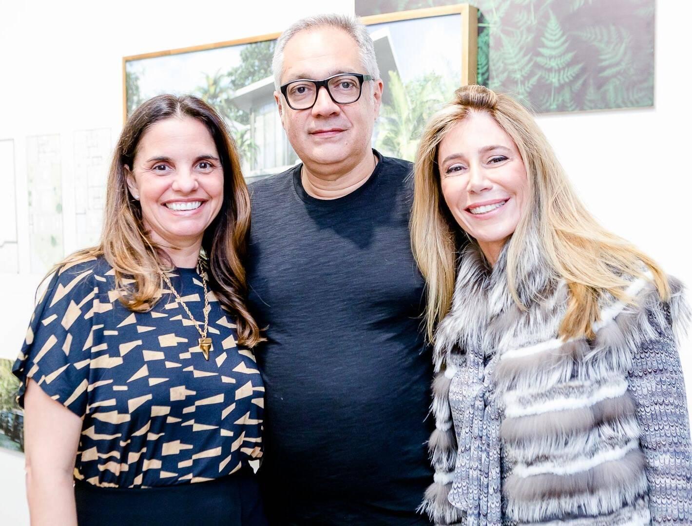 Cris Juliao Ricardo Rego e Patricia Conde Caldas  /Foto: Bruno Ryfer