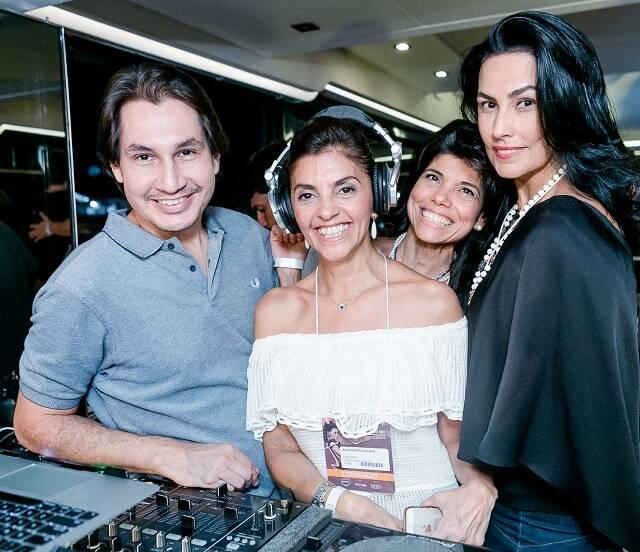 DJ Kahl, Ana Cristina Villaça, Ana Lucia Azevedo Antunes e Adriana Almeida