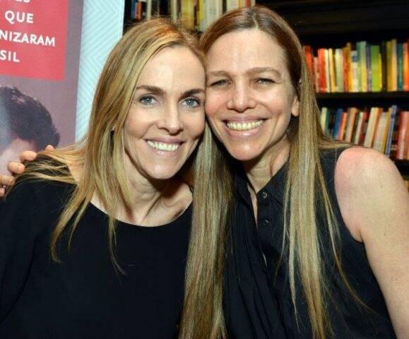 Patrícia com a irmã Sandra Kogut