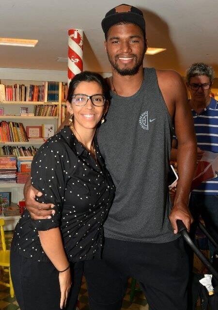 Benedita Casé e João Pedro Januário