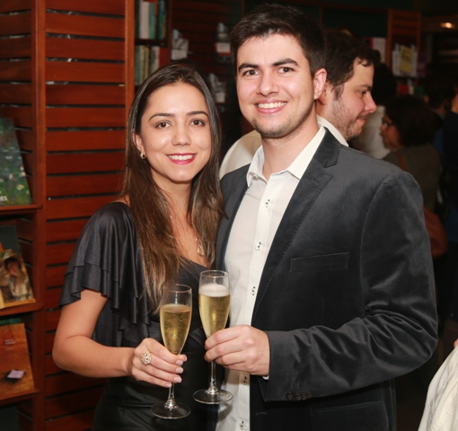 Marcella Neves e Rafael Monty
