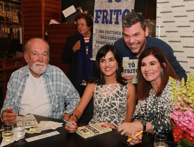 O ilustrador Paulo Vilella, as autoras Renata Monti e Luciana Fróes e o chef Pedro de Artagão