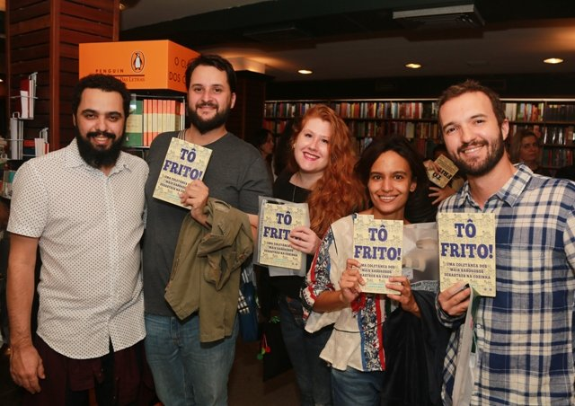 Pedro Nogueira, Eduardo Vanini, Nina Cohen, Mariana Moreira e Bruno Calixto