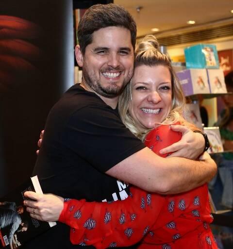 Rony Meisler e Naina Lemos