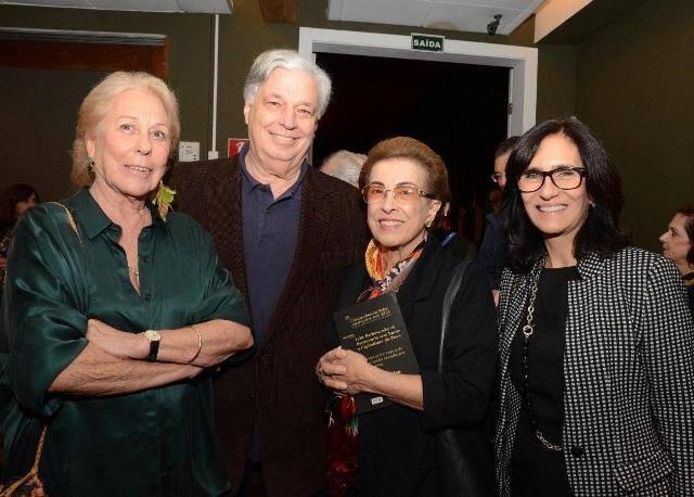 Beatriz e José Luiz Alquéres, Dalal Achcar e Kátia Leite Barbosa