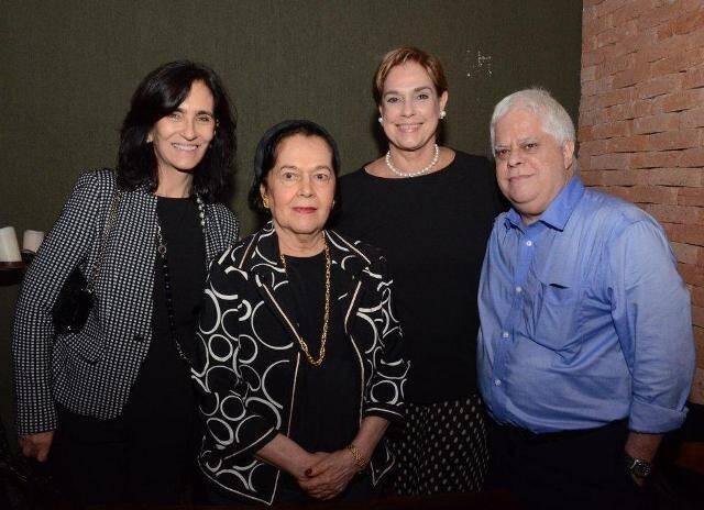 Kátia e Sylvia Leite Barbosa, Silvinha Fraga e Roberto Leite Barbosa