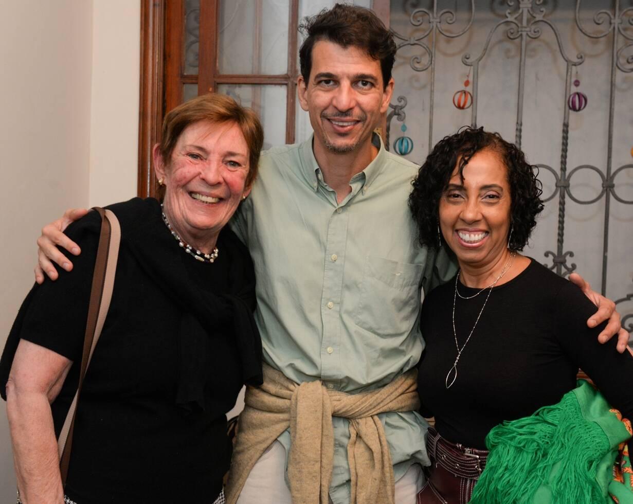 Angela e Vitor Rego Monteiro com  Rosangela Honor /Foto: Cristina Lacerda