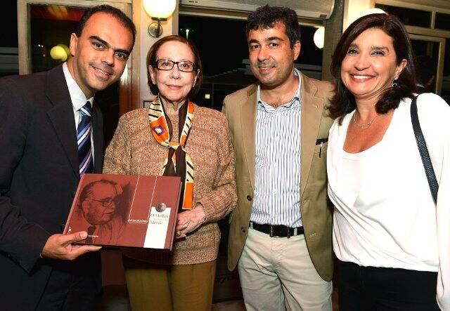 Petrônio Souza Gonçalves, Fernanda Montenegro, José Aparecido de Oliveira e Rosara Oliveira Maneira
