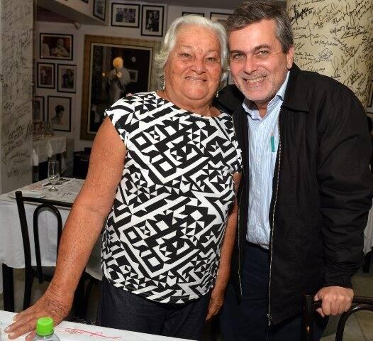 Maria Prestes com o filho Luiz Carlos Prestes Filho